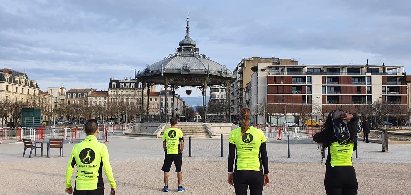 Courir à Valence et le kiosque Peynet